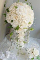 キャスケードブーケ スワロ オフホワイト&アイボリー 幅(花のみ)22cm