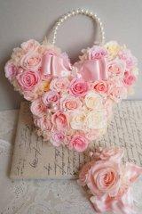 ミニーバックブーケ 花部分横幅 27cm 淡いピンク 色違い可