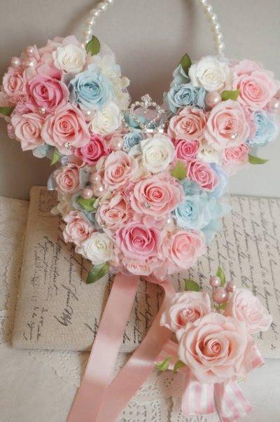 画像1: ミニーバックブーケ 花部分横幅 27cm ピンク&ブルー 色違い可