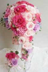 キャスケードブーケ スワロフラワー 色違い可 幅(花のみ)22cm