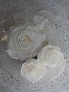 他の写真2: ラウンドブーケ スワロ クリスタルティアラ オフホワイト幅(花のみ)22cm