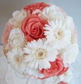 ラウンドブーケ スワロ 色はドレスに合わせて。 20cm(花のみ) リニューアルキャンペーン価格