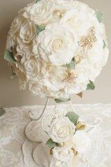 ラウンドブーケ スワロ クリスタルティアラ オフホワイト幅(花のみ)22cm