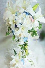 キャスケードブーケ アーティフィシャルフラワー ミキミニ カサブランカ7輪 スワロ 幅(花のみ)28-30cm  色違い可